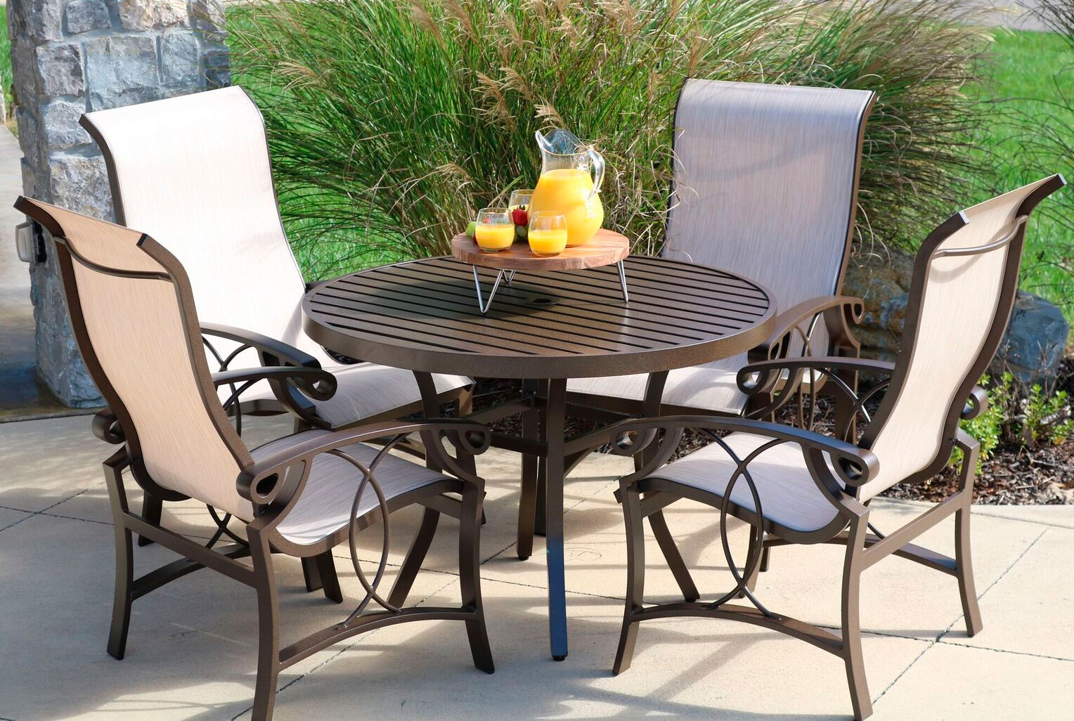CONTRACT OUTDOOR FURNITURE CINNAMON BAY SLING POOL
