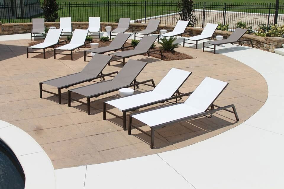 CONTRACT OUTDOOR FURNITURE CYPRESS SLING