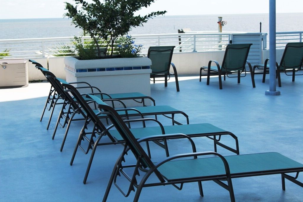 CONTRACT OUTDOOR FURNITURE BAYSIDE SLING