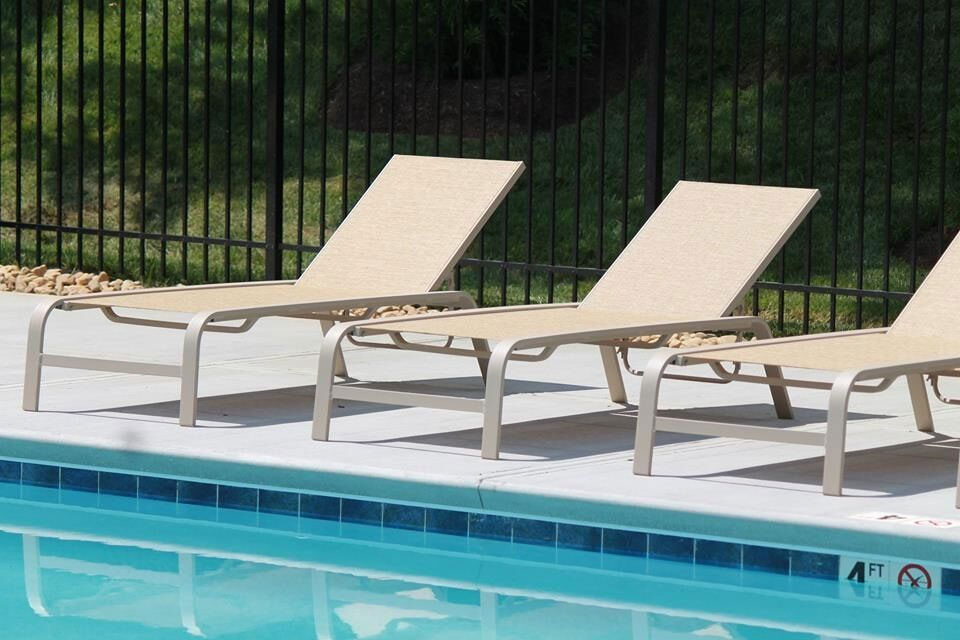 CONTRACT OUTDOOR FURNITURE SEASIDE SLING